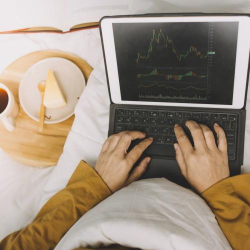 日銀が「大株主」なのはどうして?金融経済にどんな影響があるのか
