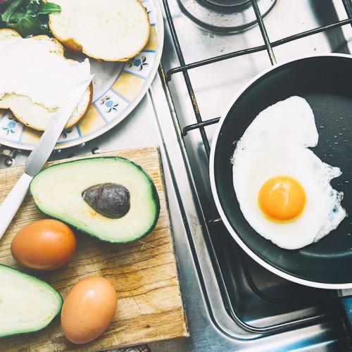 節約したほうがいい?一人暮らしの食費平均値を公開!